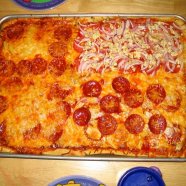 08 - Our homemade family pizza
