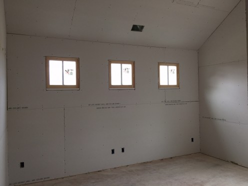 2015-04-12-Wholesteading-com-Drywall_Rough-04