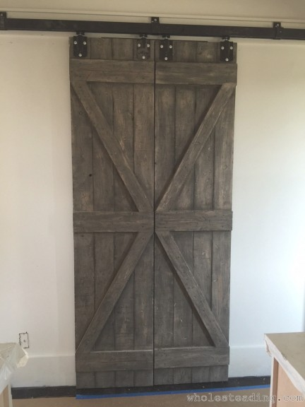 2015-06-23-Wholesteading-com-Homemade_Barn_Doors-08