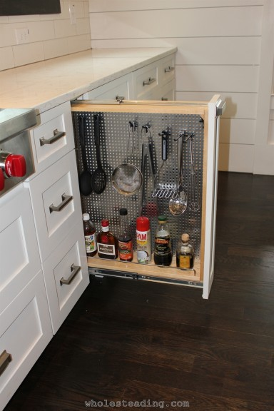Utensil and Oils pull out drawer